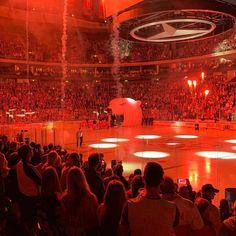 Endlich wieder Eishockey del eisbärenberlin eishockey geilstesport hartmutnickel dynamo Dynamo, Instagram Users, Instagram Posts, Madonna, New Experience, Competition, Blue And White, Ice Hockey