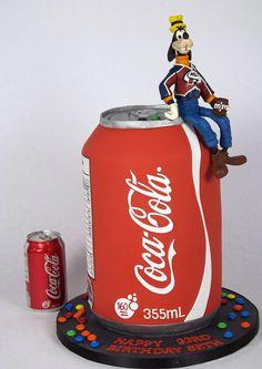 Coca~Cola can Cake Coke Cake, Coca Cola Cake, Cake Toronto, Vintage Coca Cola, Coca Cola Bottles, Cake Shapes, Gateaux Cake, Big Cakes, Unique Cakes