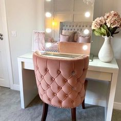 Hollywood mirror vanity mirror with lights illuminated makeup mirror light Dressing Table Hacks, Ikea Malm Dressing Table, Dressing Table Organisation, Hollywood Mirror, Malm Dresser, Modern Dresser, Beauty Room, Luxurious Bedrooms, My New Room