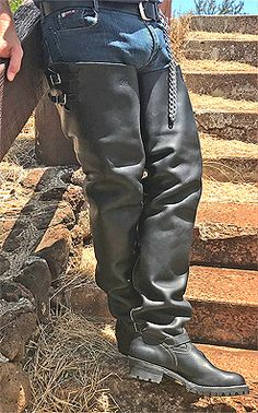 WESCO BIG BOSS BOOTS! NOT MUCH ELSE NEEDS TO BE SAID. THERE'S A REASON WHY THESE BOOTS GET KUDOS ALL AROUND THE WORLD! JUN. '19. Tall Leather Boots, Tall Boots, Knee High Boots, Leather Men, Mens Heeled Boots, Crotch Boots, Men In Heels, Sexy Jeans, Unif