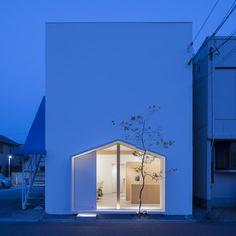 Tsubasa Iwahashi Architects : Folm Arts beauty salon, Sakai, Japan