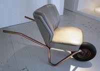 Inspiration pour le makerspace de Lille #meuble #brouette #fauteuil work/lounge