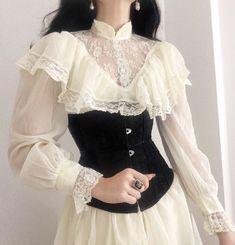 Home / Twitter Old Fashion Dresses, Fashion Outfits, 2000s Fashion, Diy Fashion, Fashion Online, Vintage Fashion, Womens Fashion, Fashion Tips, Aesthetic Fashion