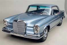 1966 Mercedes-Benz 250SE Coupe #mercedesclassiccars
