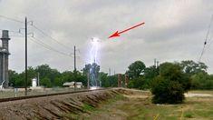 NEW PHOENIX LIGHTS? Bright Flashing UFO Caught On Tape