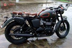 Triumph Black Army Motorcycle Custom by Seoz Bikes #caferacer #SeozBikes #triumph