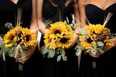 34 Ideas Sunflower And Succulent Wedding Bridesmaid Bouquets For 2019 Wedding Bridesmaid Bouquets, Black Bridesmaids, Black Bridesmaid Dresses, Dress Wedding, Bridal Bouquets, Wedding Tips, Trendy Wedding, Summer Wedding, Wedding Themes