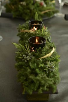 Natural Christmas, Christmas Mood, Christmas Candles, Rustic Christmas, Christmas Crafts, Christmas Decorations, Holiday Decor, Pagan Yule, Christmas Arrangements