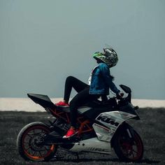 Lady Biker, Biker Girl, Biker Photoshoot, Biker Photography, Duke Bike, Bike Couple, Best Friend Images, Cute Couple Images, Biker Love