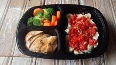 Yes Food Brasil - Linha SPA 380gr - Nhoque de batata doce com molho sugo, peito de frango grelhado, brócolis e cenoura.