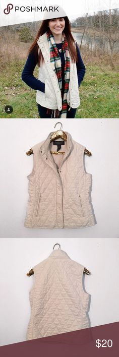 Van Heusen Quilted Vest This Van Heusen quilted vest is perfect for layering in the cooler months! It's so warm and stylish, it can be paired with just about anything! It's an off-white/cream color. The zipper appears to be a little worn but it's still in excellent shape!  🚭 From a smoke-free home ⚡️ Same day/Next day shipping ❌ No trades or off PoshMark sales 🛍 Bundles welcome and encouraged 👌🏻 Reasonable offers welcome Van Heusen Jackets & Coats Vests