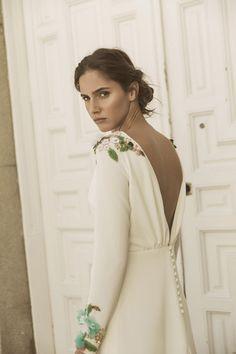 Novias 2018. Beba's Closet presenta Memories of Madrid, una colección de vestidos de novia que respiran tradición y reivindican la costura artesana.