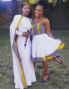The Nigerian wedding page is dedicated to the style & class obsessed bride out there, offering fun & fantastic wedding ideas & inspirations on the latest wedding trends, DIY and more 💏💑👰💍💎💐🎂👫💄💇😘😍👌! African Print Dresses, African Dresses For Women, African Print Fashion, African Wear, African Attire, African Fashion Dresses, African Women, African Traditional Wedding, African Traditional Dresses