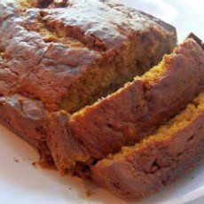 Low Calorie Pumpkin Bread! Ingredients 3 cups  flour, 1 tsp  baking soda, 1 tsp  salt  1 tbsp  cinnamon, 2 cups  splenda granular, 2 cups  pumpkin (cooked fresh or canned), 4  egg whites (beaten), 1/4 cup  cooking oil, 1 cup  applesauce (unsweetened)