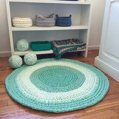 Alfombra totora crochet