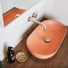 A collection of our favourite Concrete Nation products. Concrete Basin, Concrete Bathroom, Concrete Interiors, Custom Vanity, Curved Lines, Bathroom Inspiration, Bathroom Ideas, Bathroom Interior Design, Interiores Design