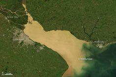 Imágenes de satelitales del Rio de la Plata, límite entre la Argentina y el Uruguay