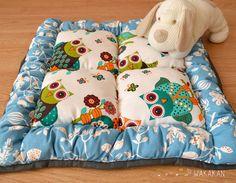 Dog bed. Cama para perritos. Etsy https://www.etsy.com/es/listing/200597480/cama-para-perro-hecha-a-mano-diseno-de