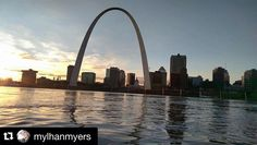#Repost @mylhanmyers  #stl #stlouisarch #gatewayarch on the #mississippiriver by Dr. Bob Holmes father of @aholmsie