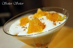Un postre muy rico y ligero: crema de queso con naranja y canela. | Recuerda que si quieres guardar la receta simplemente compártelay se guardará en tu muro para cocinarla cuando quieras :)