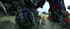 Optimus Prime. - Transformers Age of Extinction (2014).