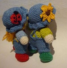 Friendly_twins_von_der_seite_small2 free pattern raverly