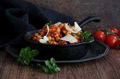 V kuchyni vždy otevřeno ...: Cizrna s kuřecím masem po italsku