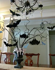 50+ Cheap & Easy To Make Halloween Bats Decoration Ideas