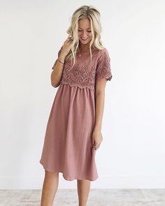 The 'Date Night Midi' in Autumn Rose!  This would make the most beautiful Fall bridesmaid dress! These always get snatched up quick so if you're on the fence, act quick!