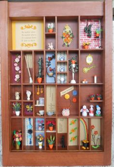 Great way to showcase small quilling projects!