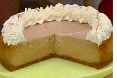 Maple Pumpkin Cheesecake from Home & Family - Recipes No Cook Desserts, Holiday Desserts, Just Desserts, Delicious Desserts, Dessert Recipes, Dessert Ideas, Pumpkin Cheesecake Recipes, Pumpkin Recipes, Fall Baking