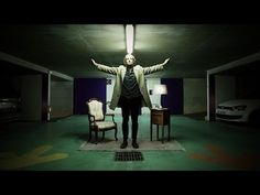 Guy Sings Same Song in 15 Different Environments to Experiment with Natural Reverb «TwistedSifter