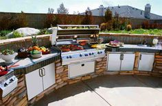 perfect outdoor kitchen.