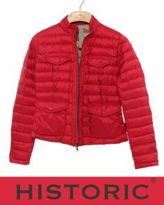 """...Quando si dice """"Un capo per tutte le stagioni...."""" Gleam Jacket in rosso ciliegia fa parte della linea Historic 3.6.5: la serie di superleggeri passepartout di Historic. Un solo capo per 365 giorni l'anno! Piumini morbidi e leggeri, del peso di soli 30 grammi, capi passepartout, da non abbandonare mai. http://historic-brand.com/shop/historic-donna/gleam-jacket/ #historic #fashion #modadonna #ss15 #historic365"""