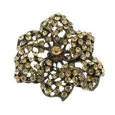 Retro Vintage Crystals Rhinestones Flower by FancyGemsandFindings, $25.00 Crystal Rhinestone, Rhinestones, Retro Vintage, Crystals, Flowers, Florals, Crystals Minerals, Flower, Crystal