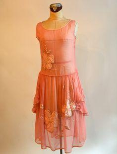 1920s pink crepe dress