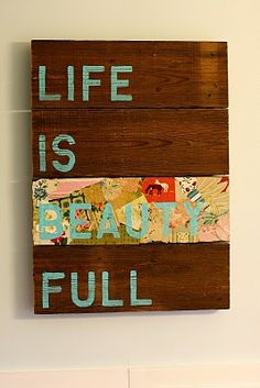 I need me some wooden pallets! This site has many art projects using wooden pallets. Love!