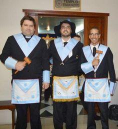 RITO    BRASILEIRO   DE MAÇONS ANTIGOS LIVRES E ACEITOS - MM.´.AA.´.LL.´.AA.´.: Instalação da nova administração da Loja A Coroa n...