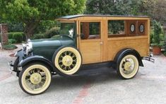 1929 Ford Model A Station Woody Wagon Ford Classic Cars, Classic Trucks, Vintage Trucks, Old Trucks, Pickup Trucks, Old American Cars, Woody Wagon, Classic Motors, Car Ford