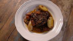 Étuvée de bœuf aux raisins Quebec, Mets, Beef Dishes, Seafood, Food And Drink, Christian Bégin, Desserts, Table, Mandalas