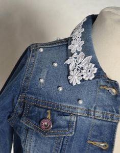 Demin Jacket, Blue Jean Jacket, Lace Jacket, Diy Jeans, Denim And Lace, Diy Kleidung Upcycling, Vestido Charro, Blue Sargent, Refashion
