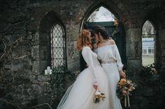 light-vs-dark-a-pre-raphaelite-inspired-same-sex-wedding-shoot-20
