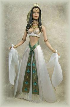 Nefertari. Crawford Manor, Tonner dolls