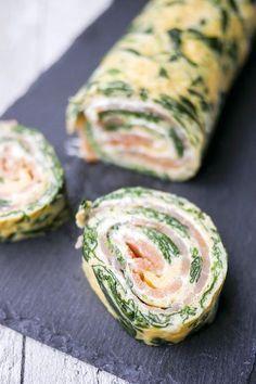 Die Spinat-Lachs-Rolle ist schnell gemacht und ihr braucht nur wenige Zutaten für eine total leckere Beilage zum Silvesterbuffet oder Sonntagsbrunch.
