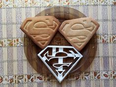 Superman Cookie Cutter by Protonik - Thingiverse