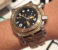 #Visconti Abyssus Scuba Bronzo 3000m #womw @ #Couture2014 - See articles about #divewatch http://www.ablogtowatch.com/tag/dive-watches/… pic.twitter.com/qXcjuuAmFH