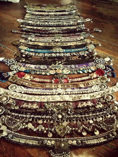 More belts...swoon! By Medina Maitreya
