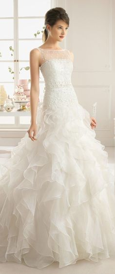 les plus belles robes de mariée 045 et plus encore sur www.robe2mariage.eu