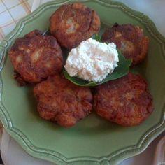 Ντοματοκεφτέδες(3 μονάδες) Tandoori Chicken, Meat, Ethnic Recipes, Food, Beef, Meal, Essen, Hoods, Meals