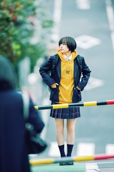 by the sea Japanese School Uniform, Japanese Photography, Pose Reference Photo, Human Poses, Figure Poses, Art Poses, Body Poses, Japan Girl, Girl Short Hair
